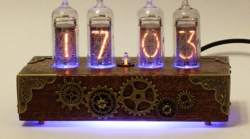 Настольные ламповые часы в стиле SteamPunk