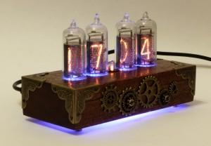 Часы на газоразрядных индикаторах в стиле Стимпанк