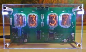 часы на ИН-12