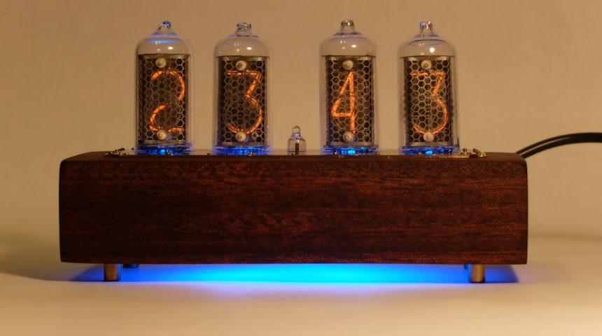 Часы на индикаторах ИН-8-2