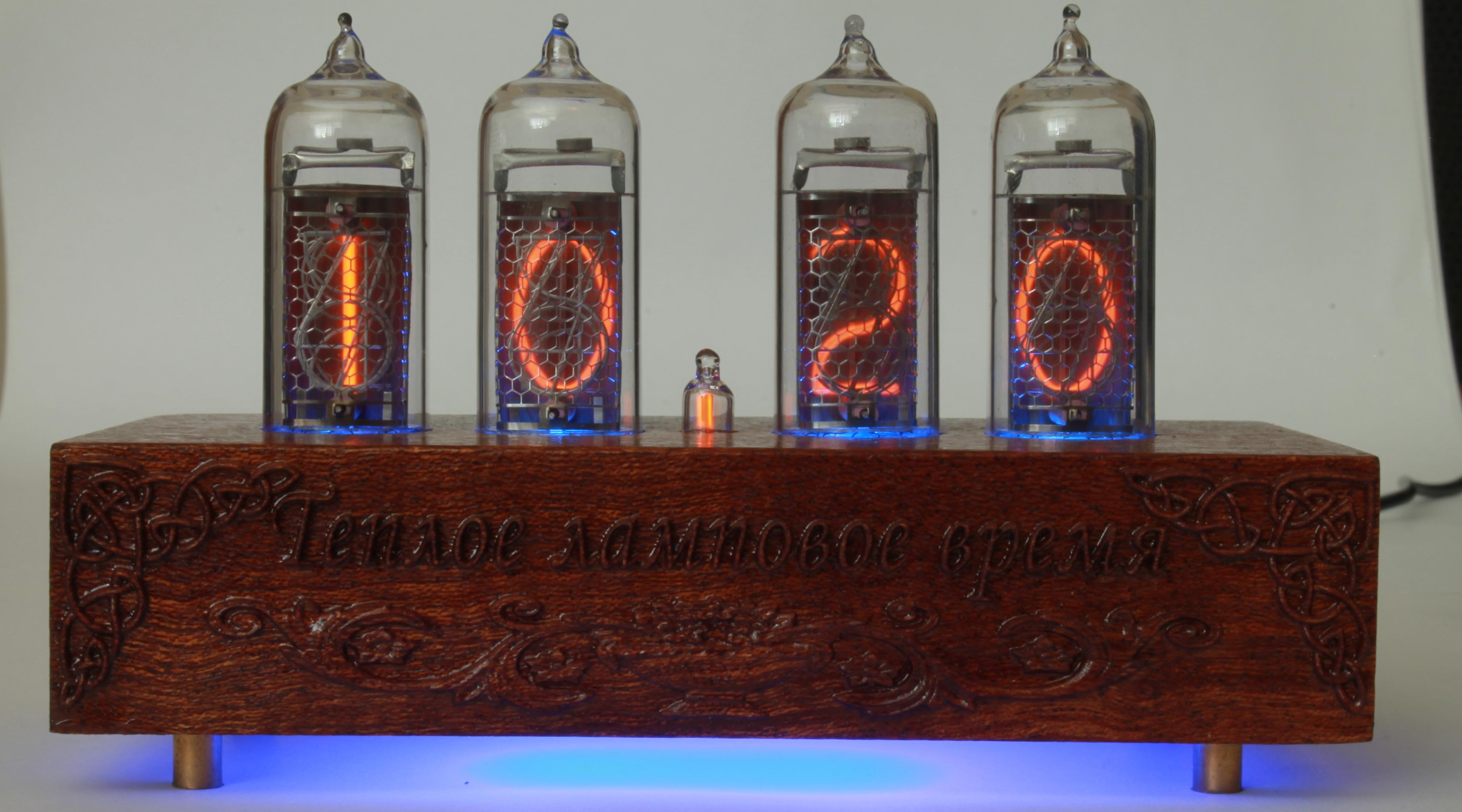 Nixie Clock с LED подсветкой