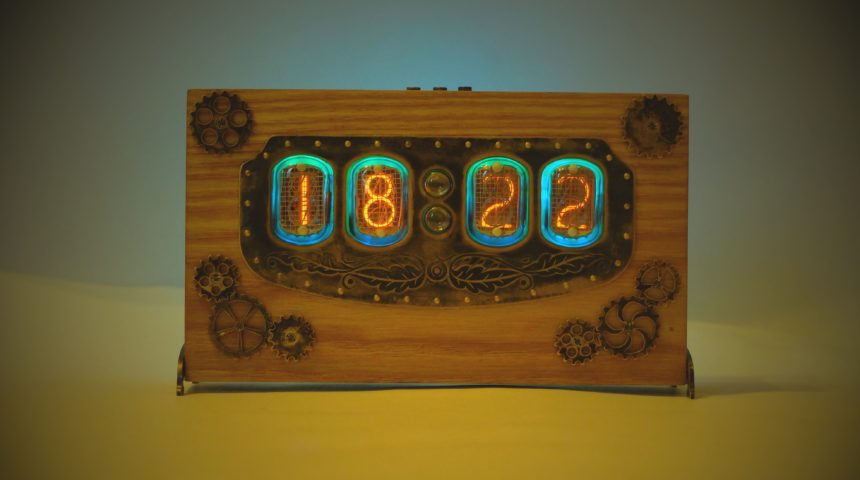 SteamPunk ламповые часы