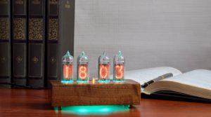 Часы настольные ламповые