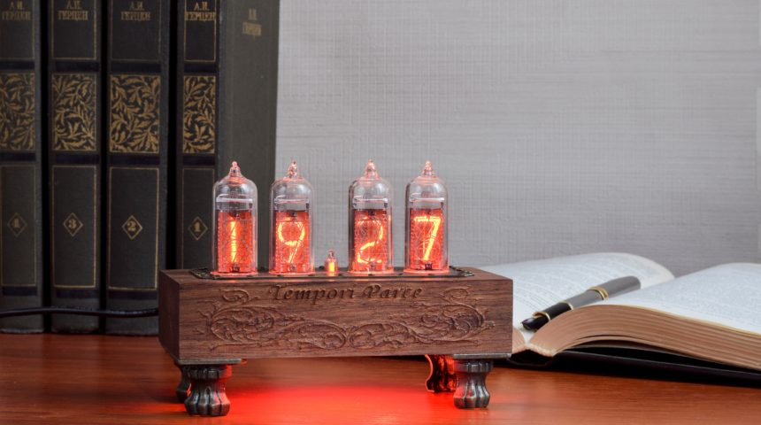 Винтажные ламповые подарочные часы
